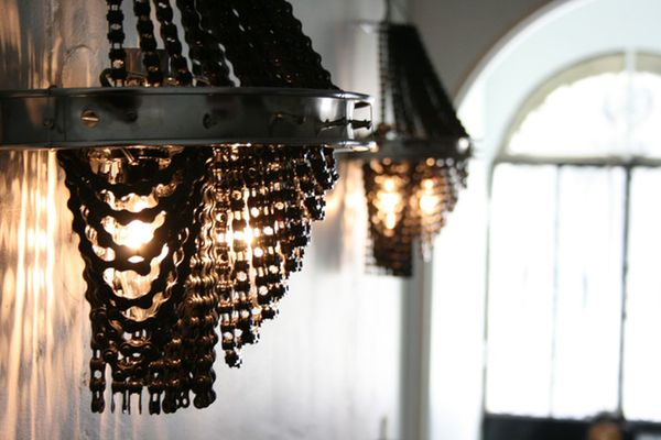 Bicycle chains and rims chandelier_1