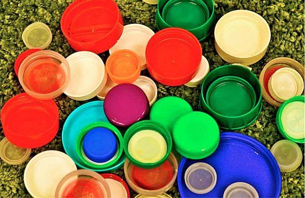 Creative ways to reuse plastic bottle caps eco friend - Plastic bottles with caps ...