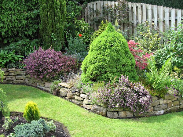 Bring Together The Community With An Eco Friendly Garden