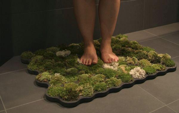 Nguyen la Chanh's Moss Bath Rug