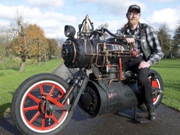 Steam powered motorbike