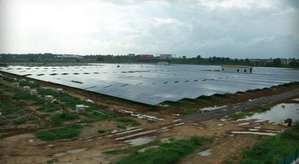 world's first solar powered airport