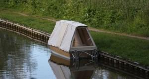 Floating shelter  3