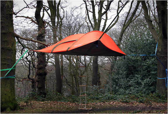 Hanging Stingray Tent by Tentsile