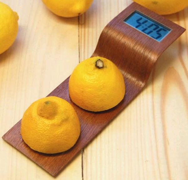 lemon-powered-clock Eco-Friendly Gadget
