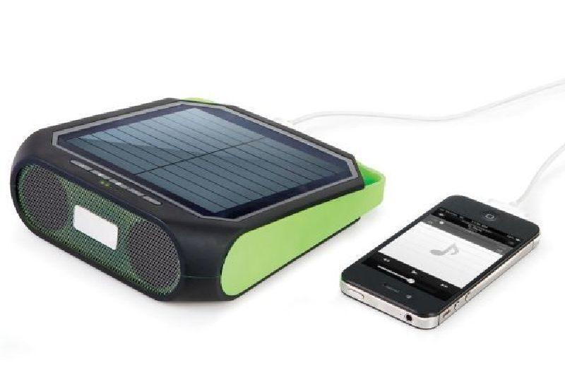 Portable-Solar-Powered-Speaker