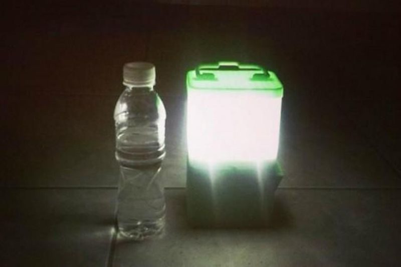 A lamp that works on salt and water