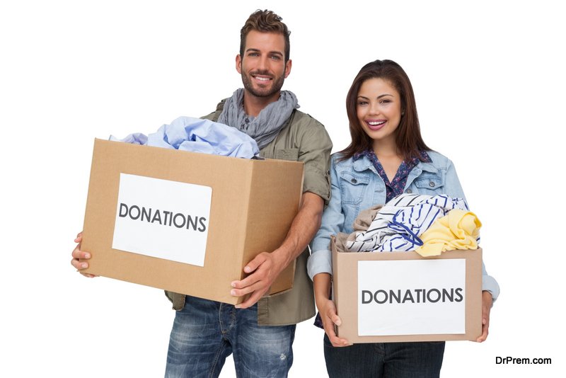 donating-clothes