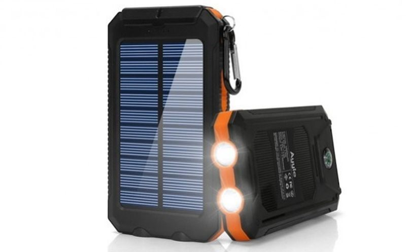 Ayyie Dual USB Survival Solar Power Bank
