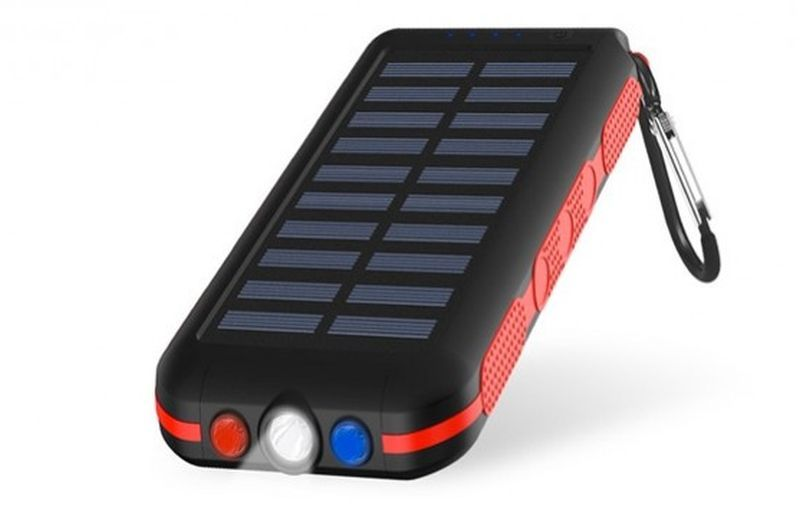 CXLLY Portable Solar Power Bank with flashlight
