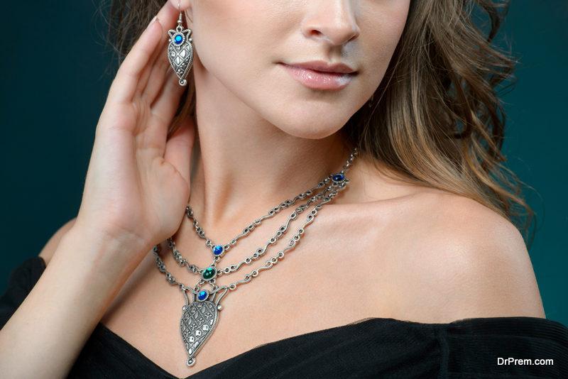 A unique necklace charm