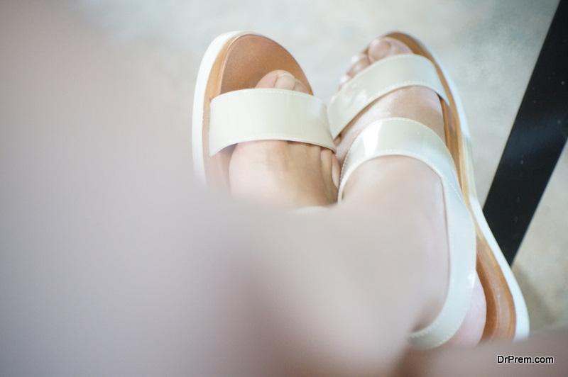 Environmentally Friendly Ways of Wearing Slides